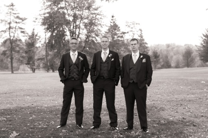 Blog-Jenn-&-Kevin-Stratford-Country-Club-Wedding-0030-BW