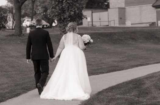 Blog-Jenn-&-Kevin-Stratford-Country-Club-Wedding-0073-BW