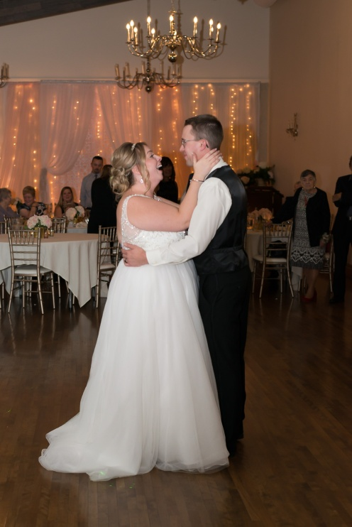 Blog-Jenn-&-Kevin-Stratford-Country-Club-Wedding-0074
